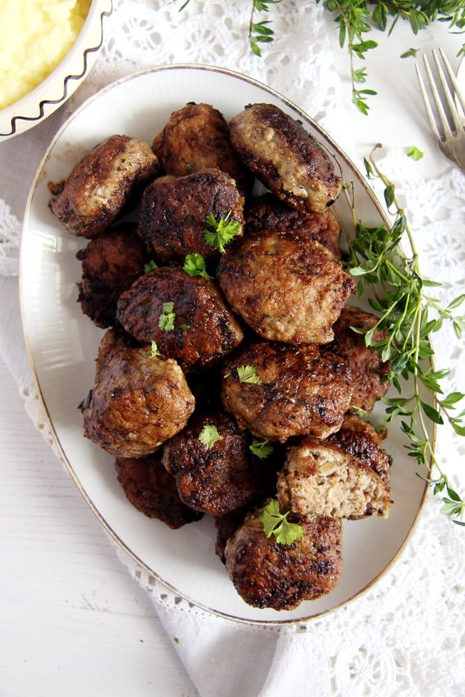 moldavian meatballs Beef and Pork Meatballs with Garlic and Herbs