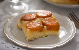 upside down apricot cake 5 300x191 Upside Down Apricot Cake with Fresh Apricots