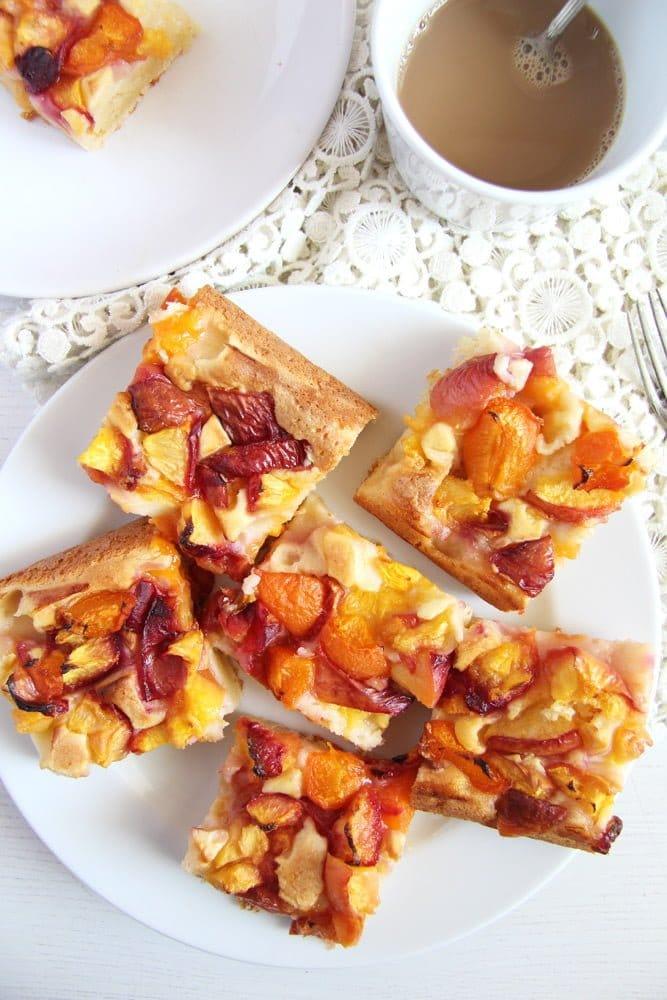 nectarine cake easy 1 Peach Cake with Sour Cream