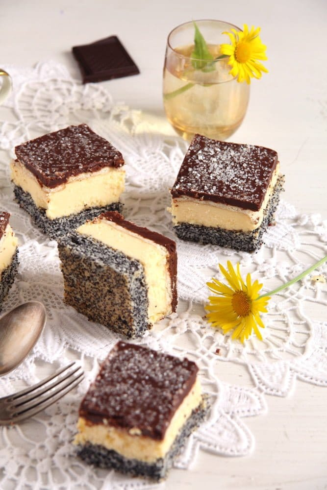 poppy seed vanilla layer cake chocolate glaze