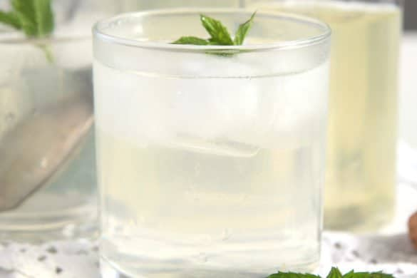 mint syrup glass 585x390 50 Spring Recipes