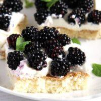 blackberry cake 200x200 Fresh Blackberry Cake Recipe