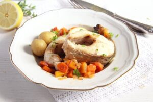 pike pieces 300x200 Oven Baked Pike with Vegetables and White Wine