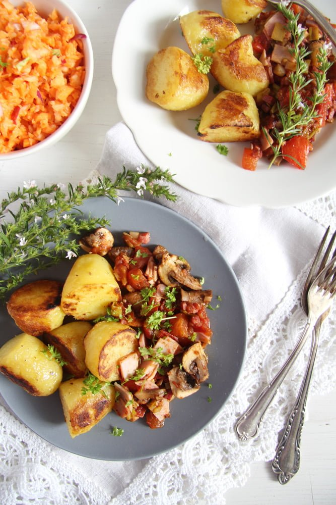gypsy potatoes vegetables Potatoes with Bacon, Ham and Vegetable Sauce – Gypsy Recipe