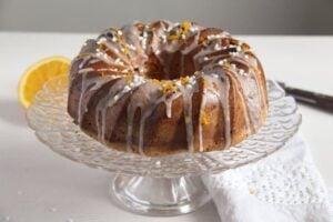 bundt cake ed 1 300x200 Orange Bundt Cake with Chocolate, Raisins and Almonds