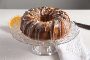 bundt cake ed 3 300x200 Orange Bundt Cake with Chocolate, Raisins and Almonds