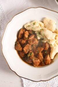 porkolt 2 200x300 Hungarian Pork and Paprika Stew – Pörkölt Recipe