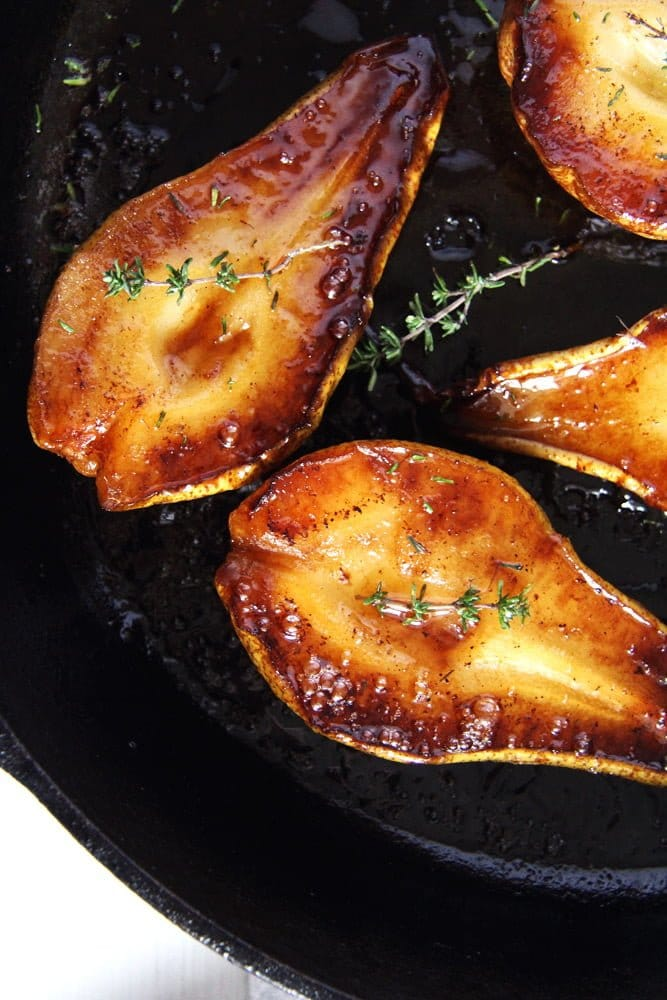 roasted pears balsamic Easy Roasted Pears with Balsamic Vinegar and Honey