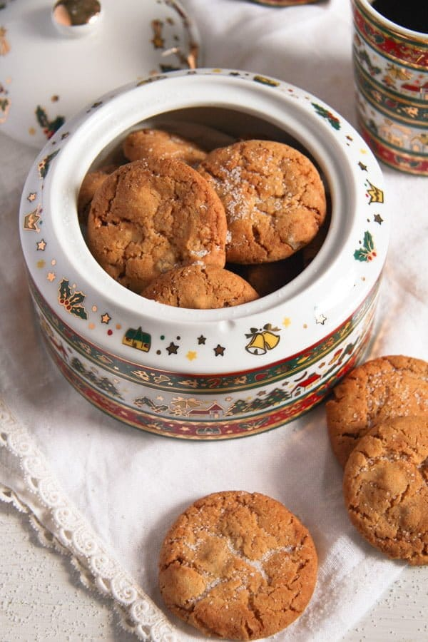 ginger snap cookies with candied ginger