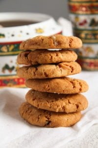 gingersnaps ed 3 200x300 Easy and Crispy Ginger Cookies with Candied Ginger