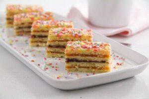 jam cake arlechin ed 4 300x200 Layered Cake with Jam Filling – Romanian Cake Harlequin