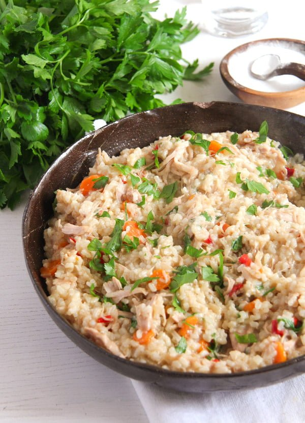 Simple Chicken and Vegetable Pilaf – Romanian Recipe
