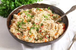 pilaf ed 5 300x200 Simple Chicken and Vegetable Pilaf – Romanian Recipe