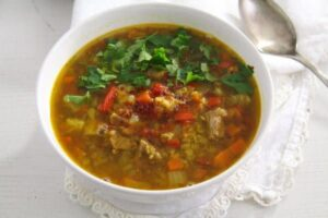 beef lentil soup 5 von 5 300x200 Spicy Yellow Split Lentils and Beef Soup with Vegetables
