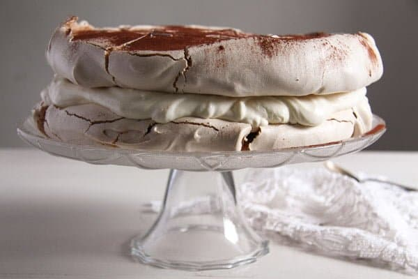 polish bezowy torte 1 Polish Cake with Meringue – Tort Bezowy