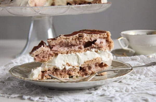 slice of polish meringue cake tort bezowy