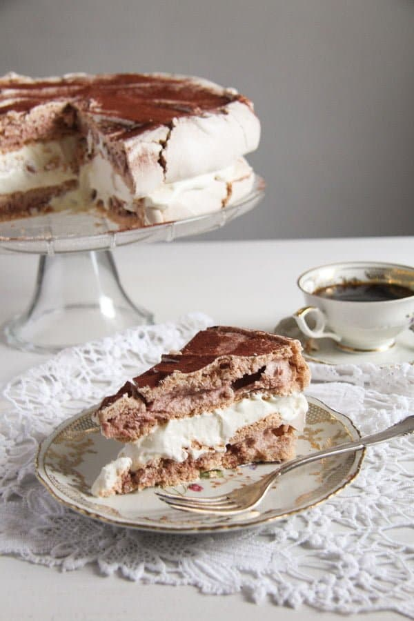 polish bezowy torte 4 Meringue Cake with Mascarpone Filling – Polish Bezowy Torte