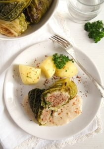 savoy cabbage rolls 3 210x300 Easy Stuffed Savoy Cabbage with Minced Meat – German Recipe