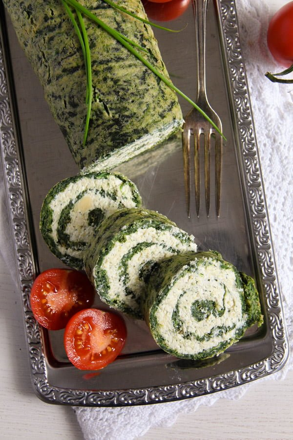 spinach roll 1 Spinach Roll with Cottage Cheese, Gouda and Herbs
