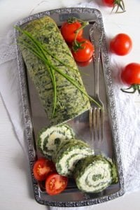 spinach roll 2 200x300 Spinach Roll with Cottage Cheese, Gouda and Herbs