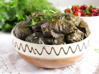 How to stuff vine leaves