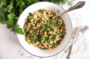 herbed bulgur 3 300x200 Vegan Bulgur Wheat Salad with Chickpeas and Herbs