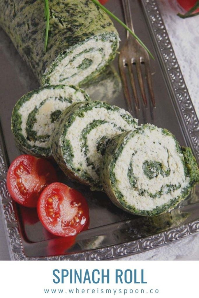 spinach roll with cheese ready to be served