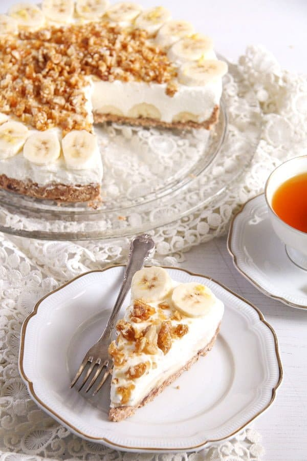banana cream pie with candied walnuts