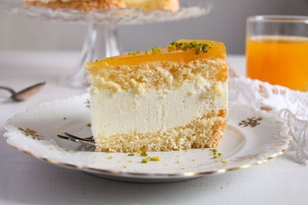 cheesecake with passion fruit juice