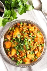 potato pea curry 2 200x300 Vegan Potato Curry Recipe with Tofu, Tomatoes and Peas