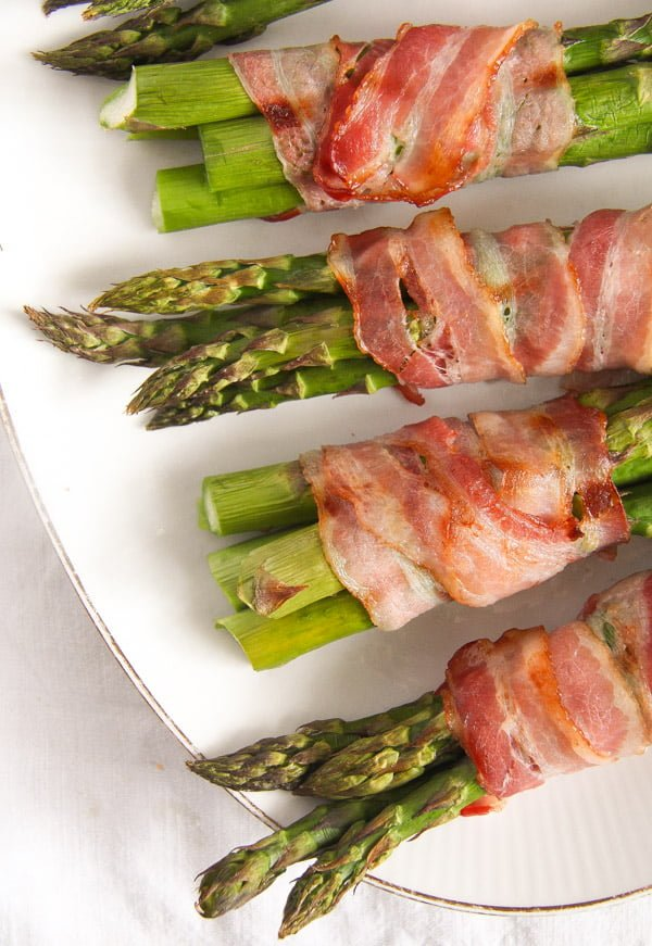 bacon wrapped asparagus 13 Bacon Wrapped Asparagus   Oven Baked Asparagus Recipe