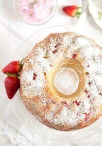 strawberry rhubarb cake 6 210x300 Strawberry Rhubarb Cake with Greek Yogurt – Bundt Cake Recipe