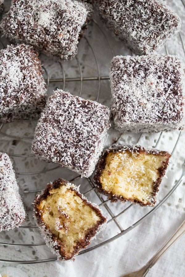 lamingtons 4 Lamington Cake – Australian Lamington Chocolate Cake Recipe