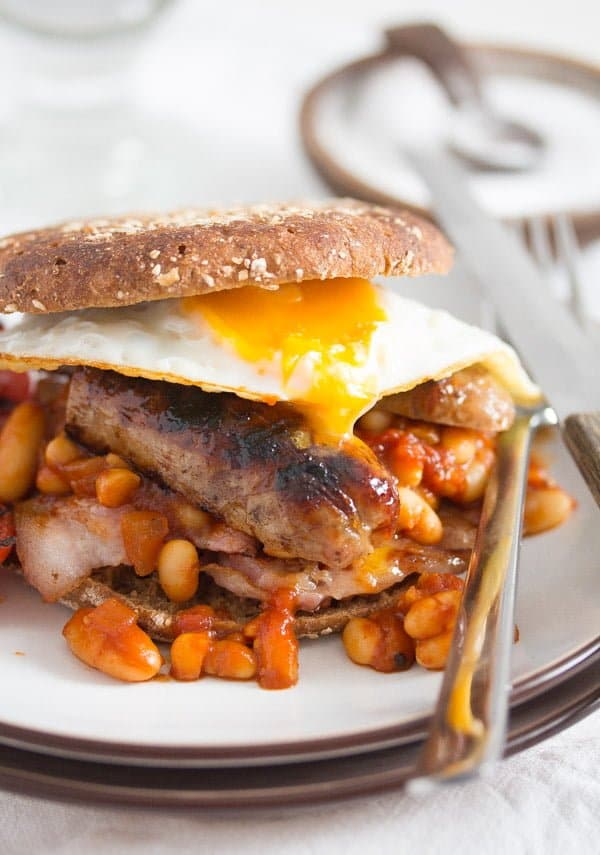 english breakfast 1 How to Make Full English Breakfast with Baked Beans