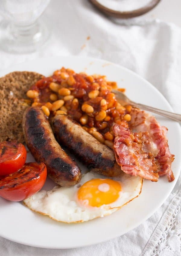 How to Make Full English Breakfast with Baked Beans