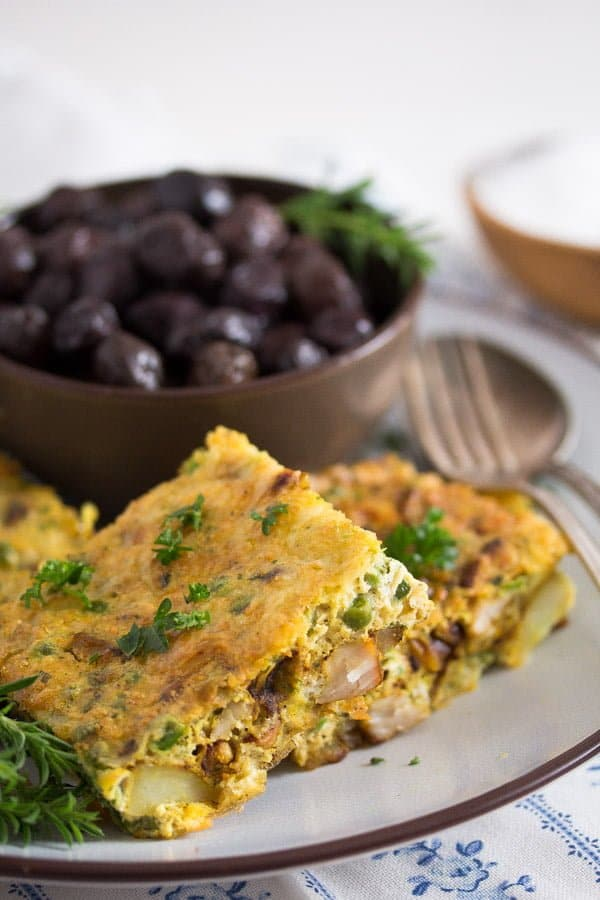 tunisian tajine 8 Tunisian Tajine – Frittata with Chicken and Potatoes – Tunisian Food