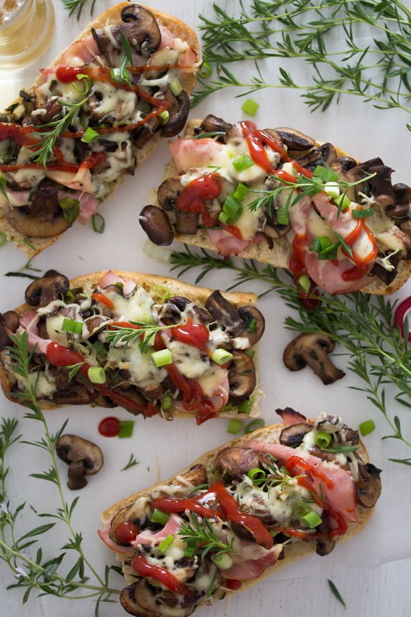 polish open sandwich 2 Zapiekanka   Toasted Mushroom and Cheese Sandwich – Polish Food