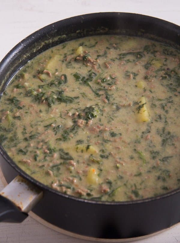 beef spinach curry 3 Easy Beef Potato Curry with Yogurt and Spinach