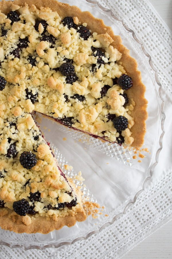 blackberry pie recipe 10 Easy Crumb Crust Pie with Blackberries and Crumble Topping