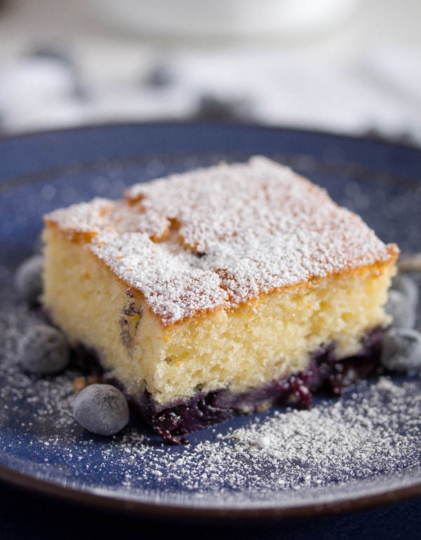 blueberry sour cream cake 5 Easy Blueberry Sour Cream Cake (Fresh or Frozen Blueberries)