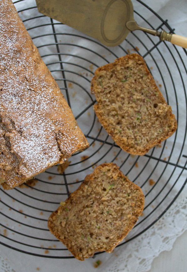 zucchini bread 6 Best Zucchini Bread with Hazelnuts and Cinnamon