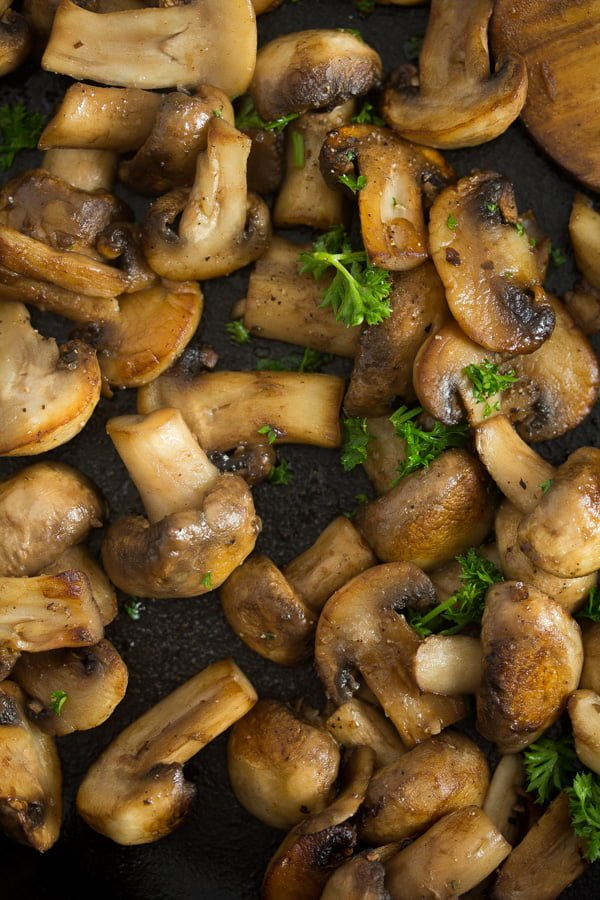 mushroom sauce for steak 1 Best Sauteed Mushrooms for Steak – with Garlic and Parsley