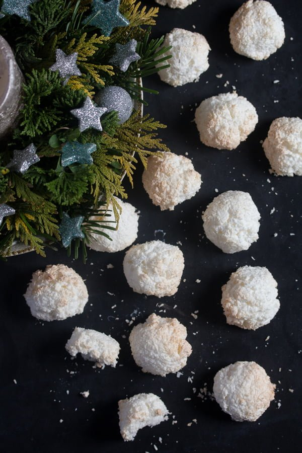 IMG 2502 Coconut Cookies Recipe – Easy Coconut Macaroons