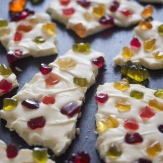 White Chocolate Bark Gummy Bears
