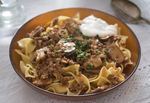 ground beef stroganoff with mushrooms