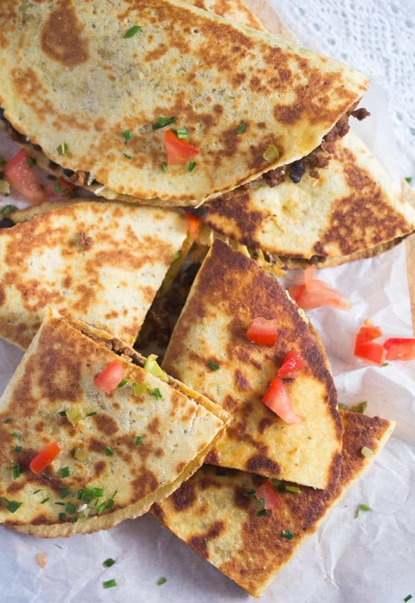 black bean quesadilla recipe 9 Black Bean Quesadillas Recipe with Ground Beef and Avocado
