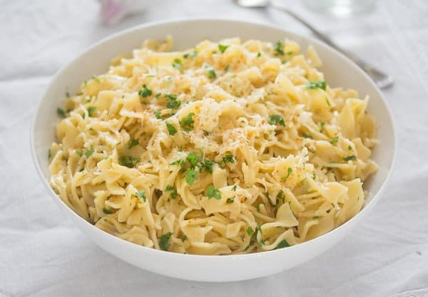 buttered pasta with garlic