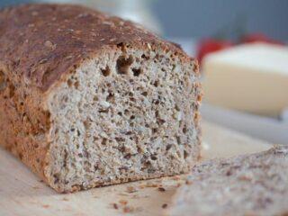 easy whole grain bread sliced