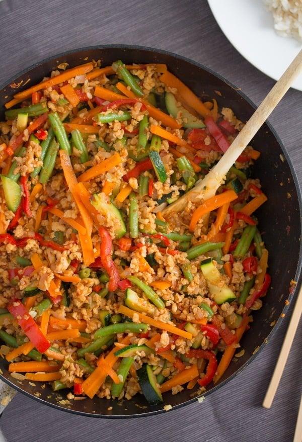 vegetable stir fry with soya granules 1 Easy Vegetarian Stir Fry with Soya Granules