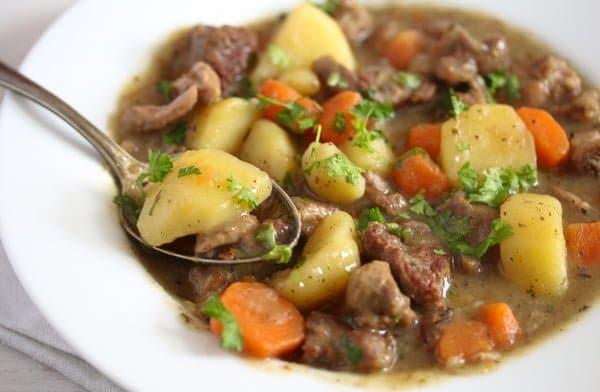 irish stew recipe 6 Irish Stew Recipe with Lamb and Potatoes